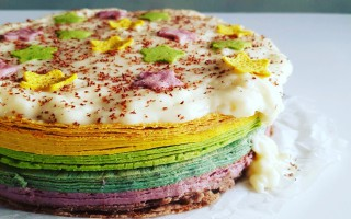 All Natural Rainbow Pancake Taart!