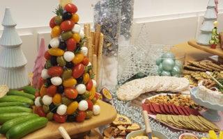 Eetbare kerstboom op tafel!
